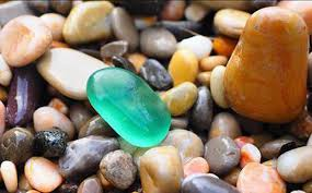 Mơ thấy hòn đá đánh con gì dễ trúng nhất? Có phải điềm tốt?